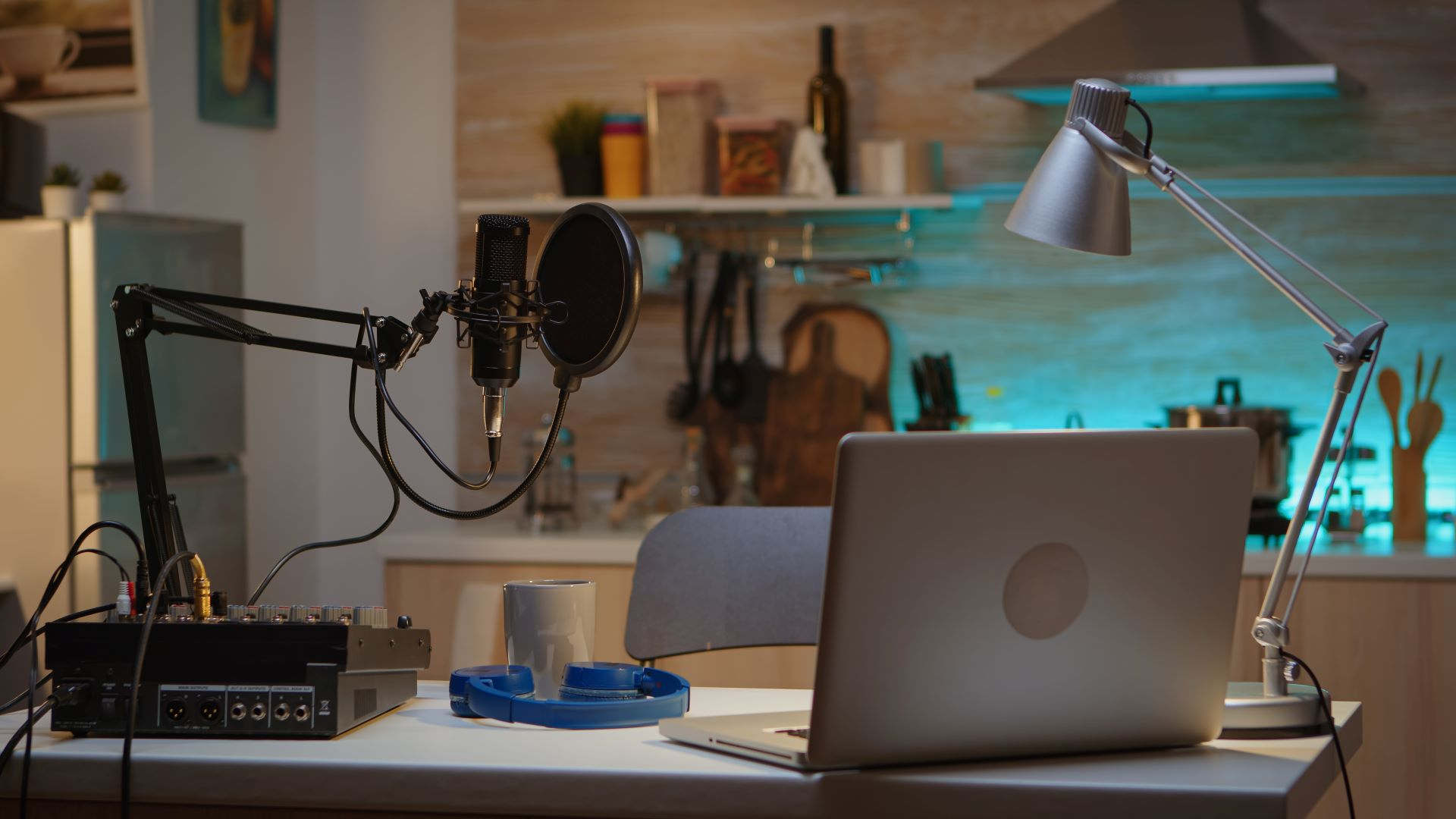 Marketing, sales, and business podcasts 2021